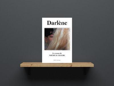 Darlène, un roman de Noémie D. Leclerc main photo
