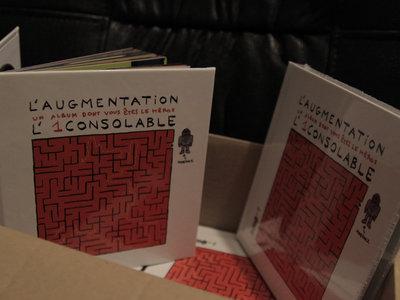 DVD-livre illustré (49 titres/100 pages): L'Augmentation, un album dont vous êtes le héros main photo