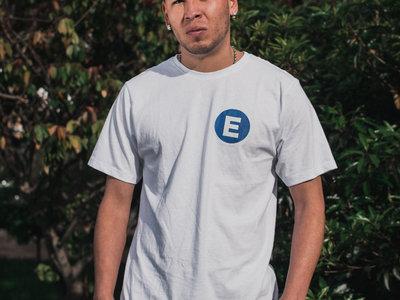 Efecto Espectador T - Shirt main photo