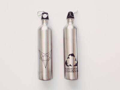 Shapeshifter x Sustainable Coastlines 1L drink bottle main photo