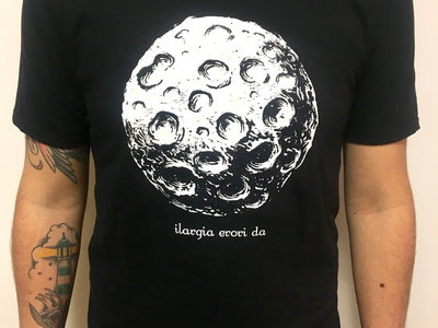 Ilargia T-shirt main photo