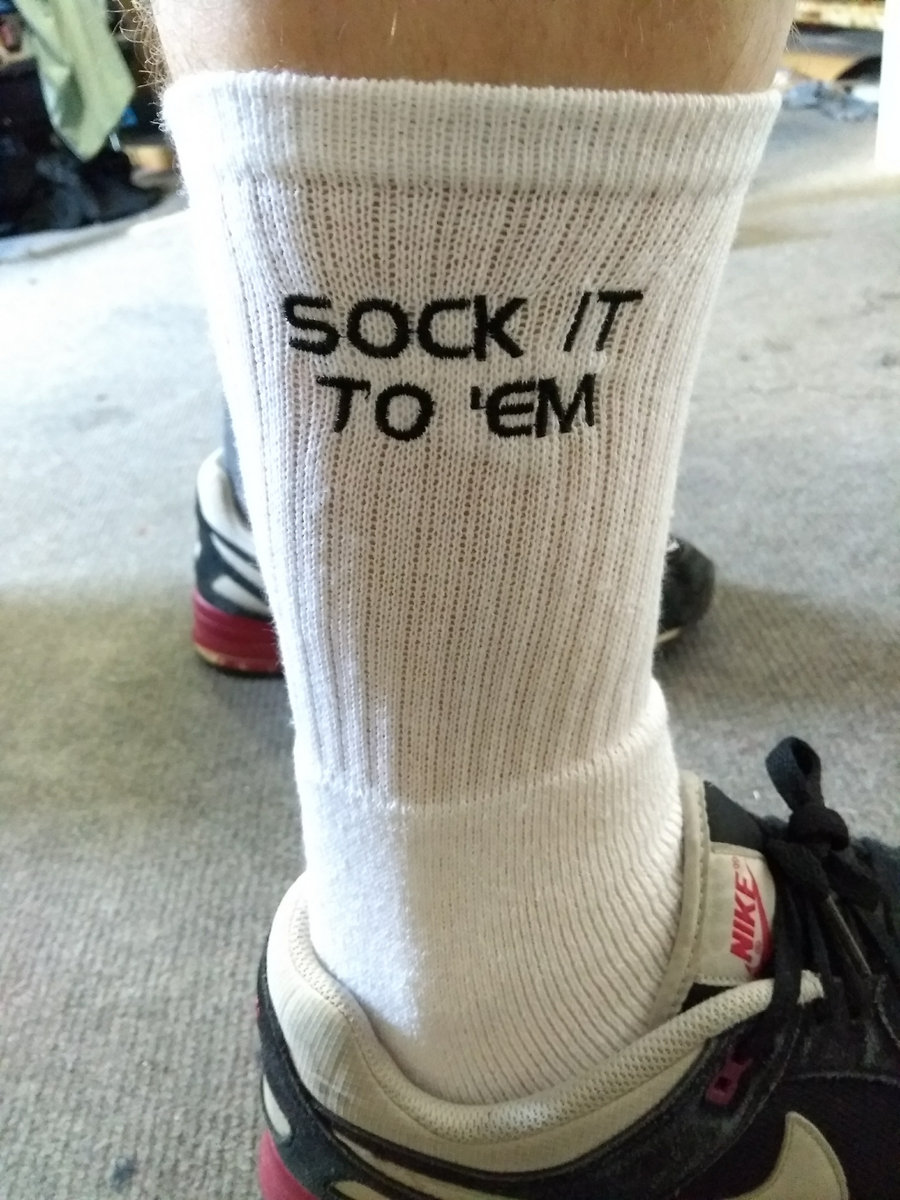 sock it to em pair of socks dr syntax