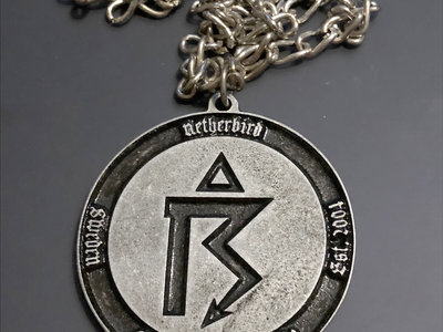 Pendant 4: Symbol matte (Pewter) main photo