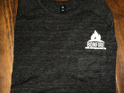 Bonfire embroidered T main photo