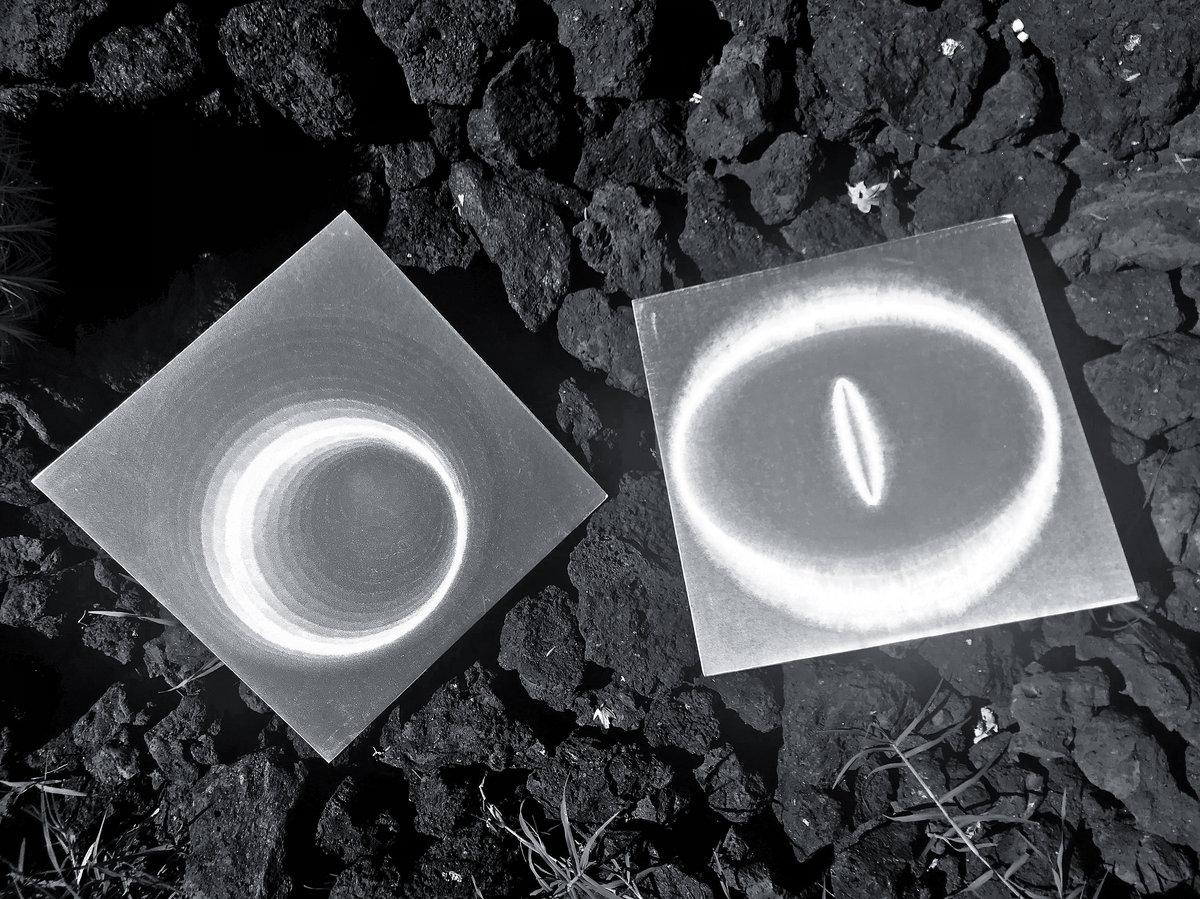 Les Soleils de l'Île de Pâques / La Brûlure de Mille Soleils