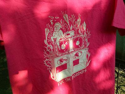 "Pink DIY ""Fuc the borders"" T-shirt main photo"