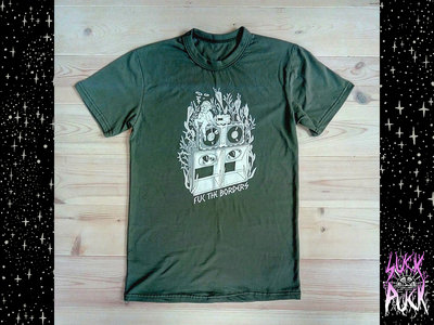 "Oliva-green DIY ""Fuc the borders"" T-shirt main photo"