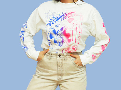 BLUE FADE TO PINK ON WHITE LONG SLEEVE main photo