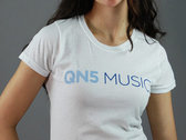 QN5 - Quote Curve Tee photo