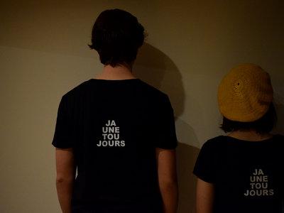 JAUNE TOUJOURS t-shirt main photo