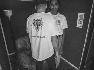 """""""Tiger"""" - Shirt main photo"""