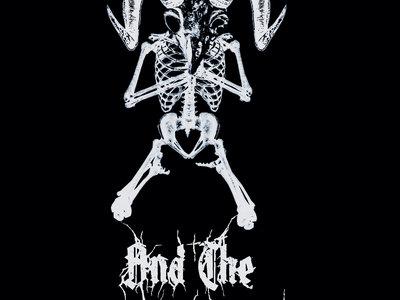 Metal T-Shirt main photo
