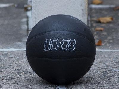 Product 0001: Basketball main photo