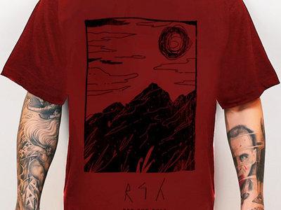 Void Traveler Red Shirt main photo