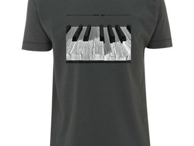Emilie Zoé - T-shirt - Piano main photo