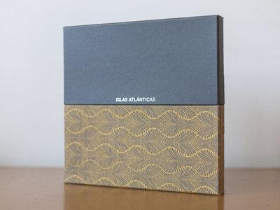 Islas Atlánticas Boxset Limited Edition 2 Vinyl LP + 2 Books main photo