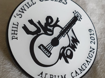 UKE TOWN EXCLUSIVE ENAMEL BADGE + Digital Download main photo