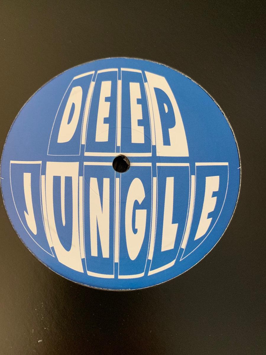 DAT015 - Ruffkutt - London Massive | Deep Jungle