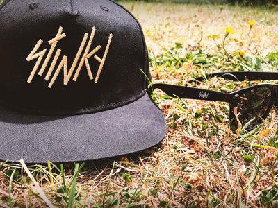 Snapback cap + sunglasses pack main photo