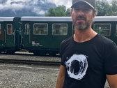 Do Not Be Afraid circle T-shirt photo