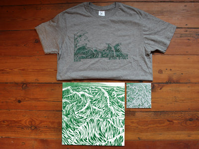 EXCLUSIVE PACK! LP + CD + T-Shirt! main photo