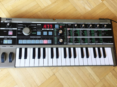 MicroKORG : 37-Key Synthesizer/Vocoder main photo