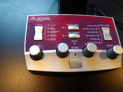 "alesis mod fx faze effects unit + cv313 ""subtraktive"" (digital + limited edition 4XCD set) main photo"