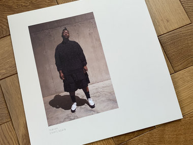 Vinyl Version main photo