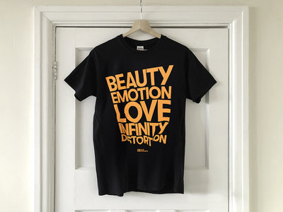 Beauty Emotion Love Infinity Distortion T-shirt main photo