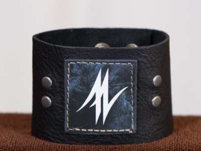 "2"" Leather Cuff main photo"