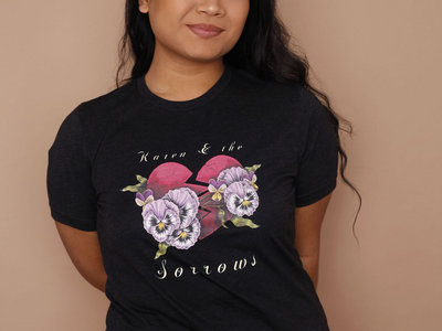 Pansy Broken Heart T-shirt main photo