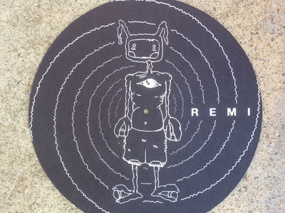 REMI vinyl slip mat main photo