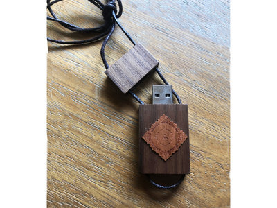 Full Desert Trax Catalog Flash Drive Necklace with recent sets main photo
