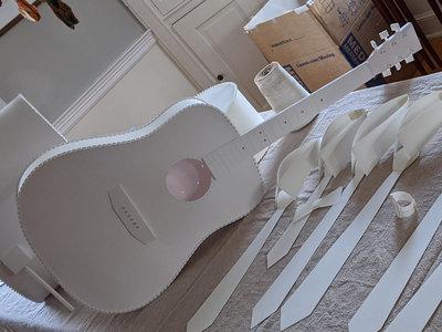 Paper guitar main photo