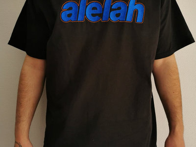 Alelah embroidered T-shirt main photo