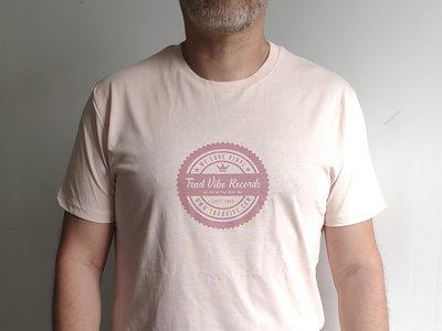 Trad Vibe Tee Shirt PINK main photo