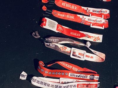 Rockfest Paquet de 10 bracelets / 10-Pack Wristband Bundle main photo