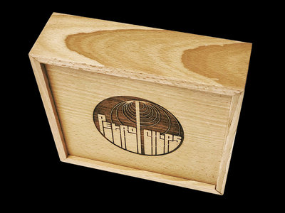 Deluxe beechwood Box Set ( incl. 4 CDs of your choice ) main photo