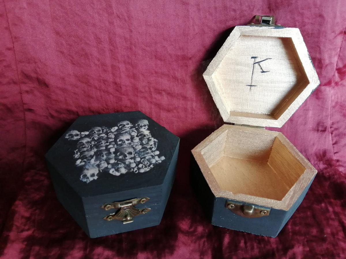 Gabriel-Turk box Casket storage for Tesbih prayer chain /' wolf /' made of wood handmade