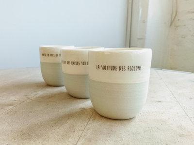 2ème batch: Gobelet à café artisanal / Hand made Coffee Mug «La solitude des flocons» main photo