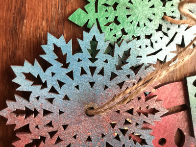 Spraypainted Wooden Holiday Ornament main photo