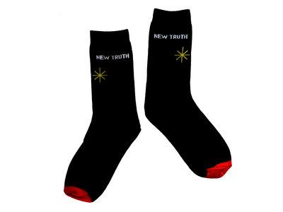 *New Truth* Socks main photo