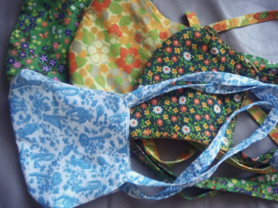 Soft cotton face mask with vintage fabric, sewn by Britt main photo
