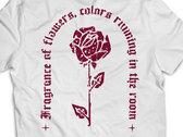 "White T-shirt ""Rose"" photo"