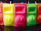 Scented fluorescent SPEAKER candle photo