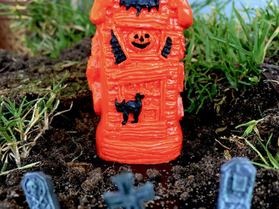 Cryptocurium Manor - Orange & Black main photo