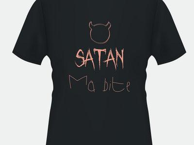 Satan Ma Bite Black T-Shirt main photo