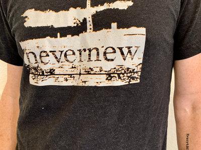 NEVERNEW Sky Won't Care logo t-shirt main photo