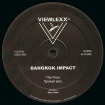 (Viewlexx V12/18) The Floor cover art