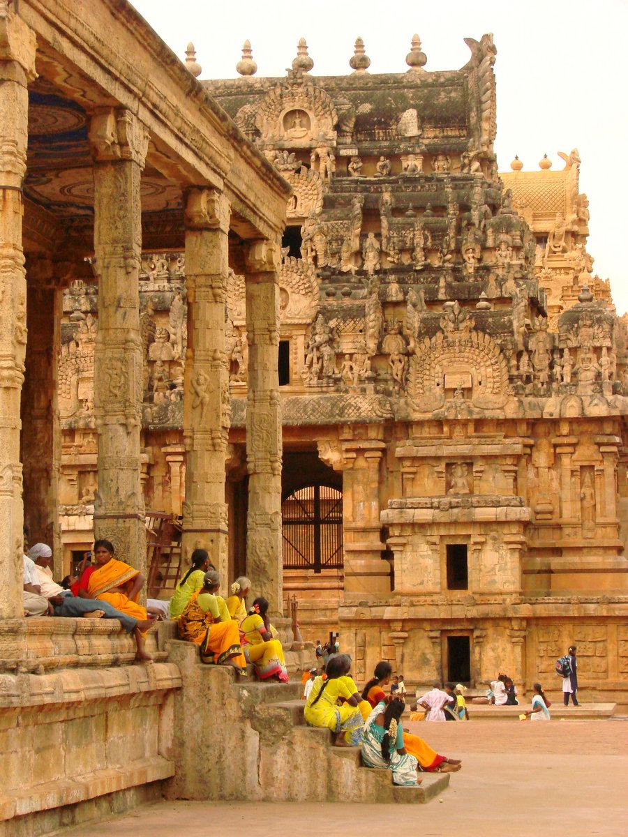 Khajuraho Divine Temple English To Hindi Pdf Free Download